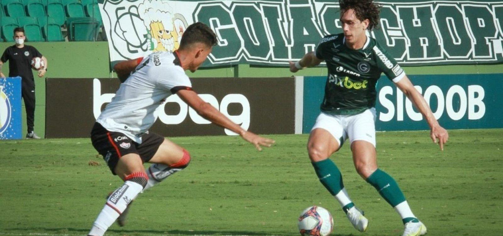 Vitória perde de 3 a 0 para o Goiás e se complica ainda mais na luta contra rebaixamento