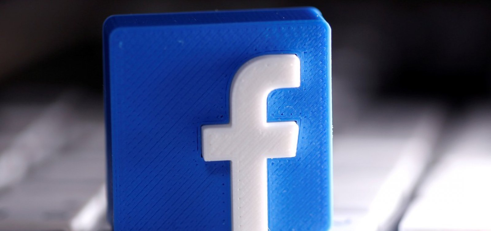 Ações do Facebook despencam na Bolsa de Valores após sistema sair do ar