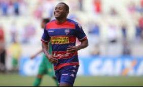 Tinga consegue liberação para se juntar ao Bahia antes de fim do contrato