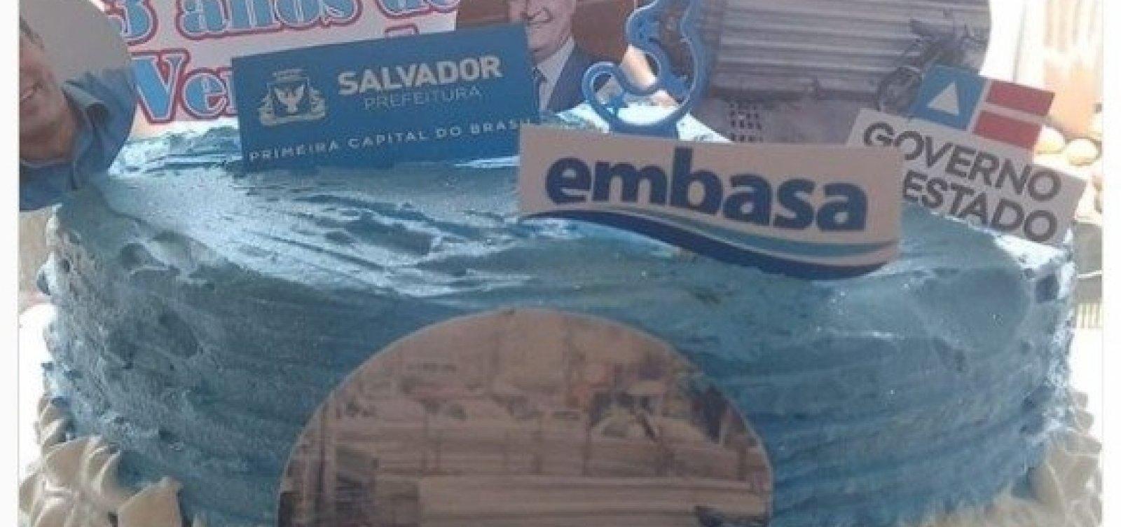 Buraco causado pela Embasa completa três anos e moradores de Paripe comemoram com bolo