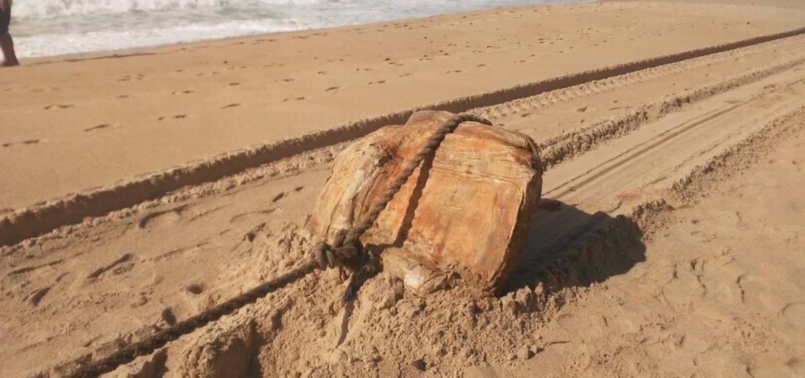 Fardos encontrados em praias da Bahia e Alagoas pertenciam a dois navios nazistas