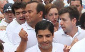 """Tiago Correia comenta 'encoxada' em vereador: """"Graças a Deus eu estava atrás"""""""
