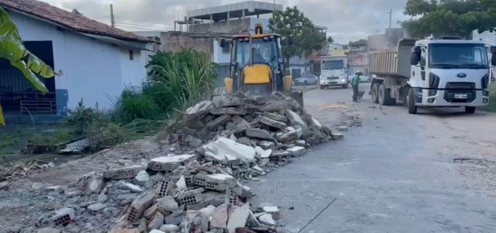 Itabuna adia aulas presenciais para 2022 após acidente em escola que matou pai e filho