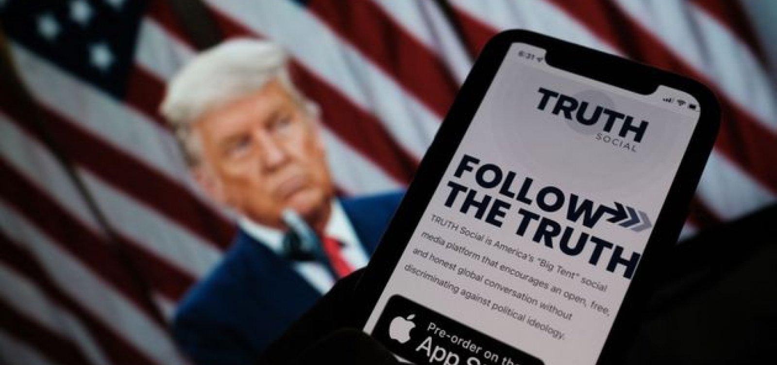 Trump anuncia lançamento de sua rede social após ser expulso do Twitter e Facebook