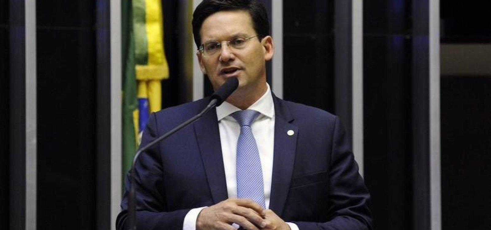 """Ministro da Cidadania, João Roma nega ser o """"fura-teto"""" no Auxílio Brasil de R$ 400"""
