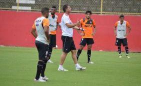 Técnico Vágner Mancini começa a dar cara nova ao Vitória em 2016