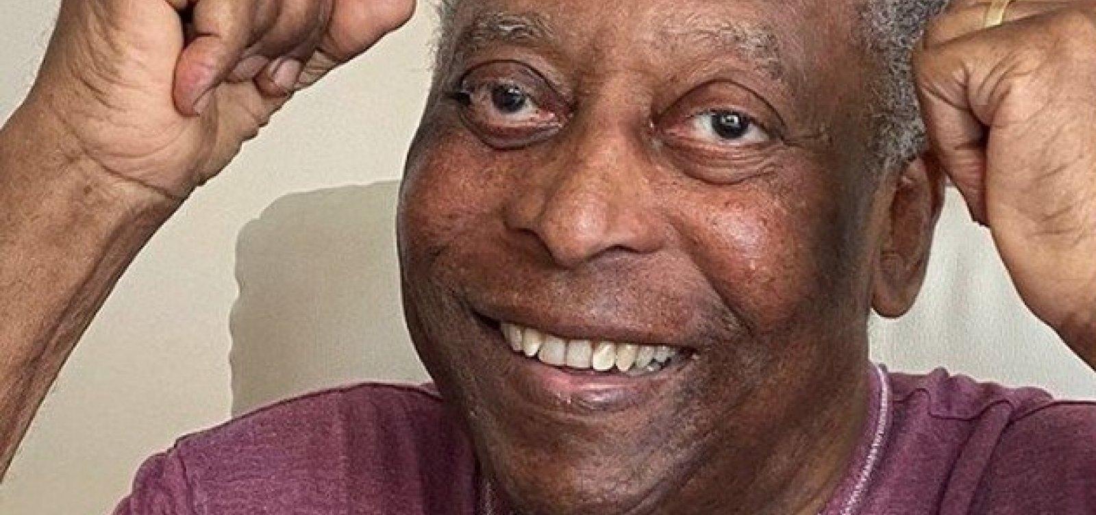 """""""Ficando mais jovem do que mais velho"""", Pelé comemora 81 anos"""