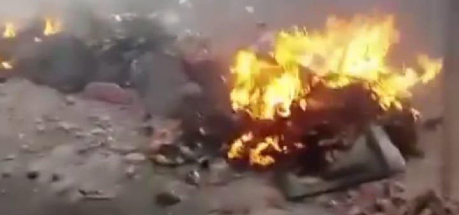 Moradores de Capelinha protestam e pedem justiça para vítimas de ataque armado