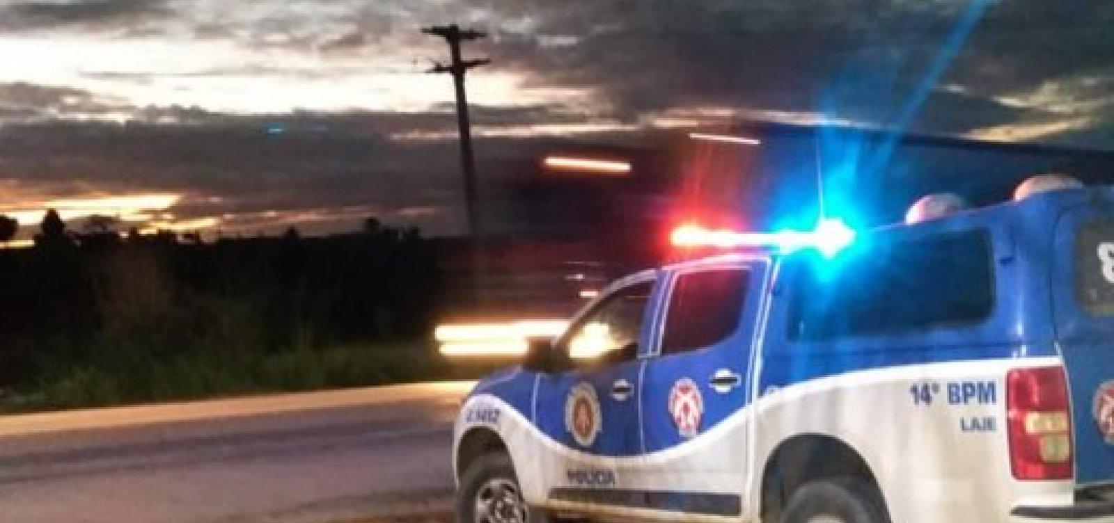 Homem é preso após assassinar esposa na cidade de Laje