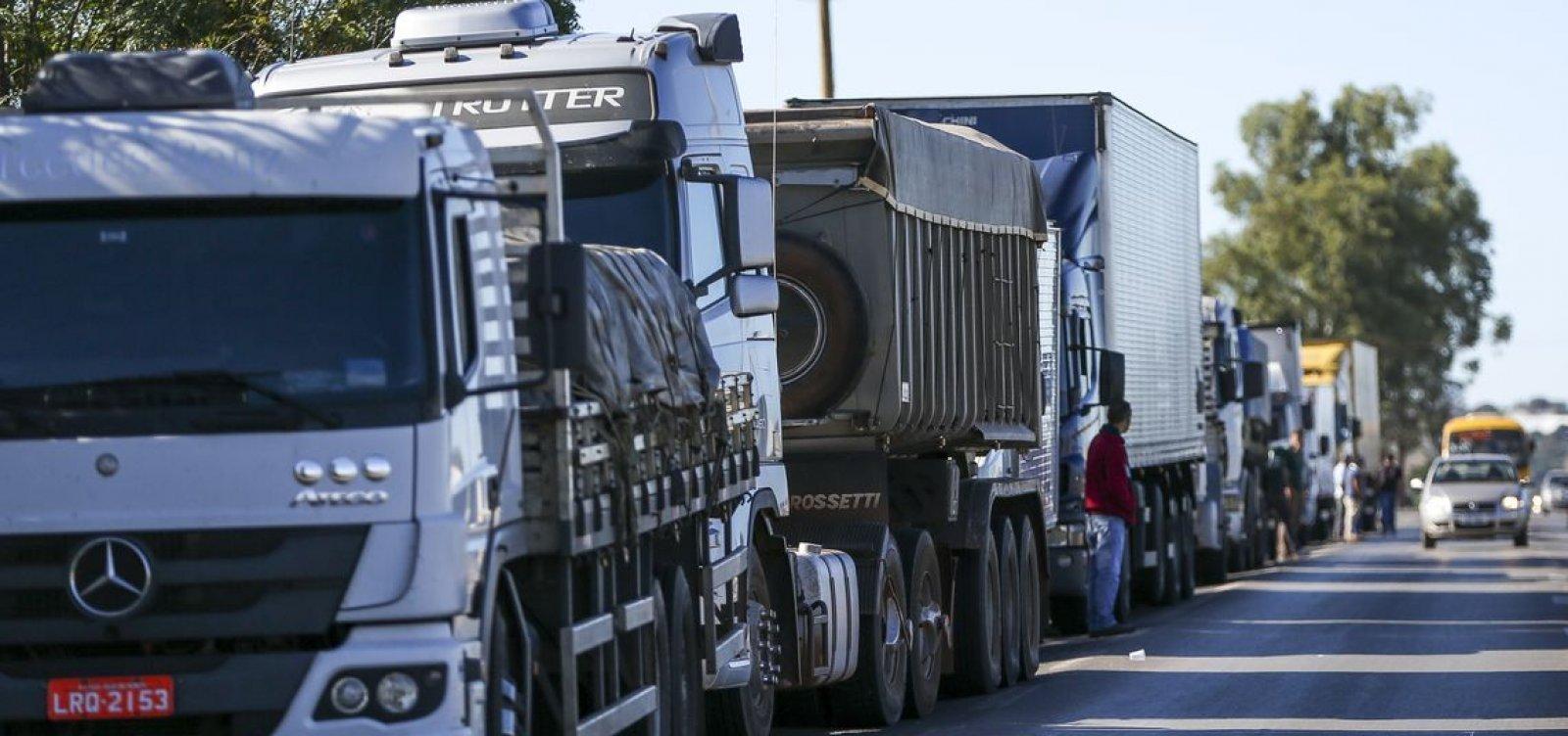 Após segundo aumento do diesel no mês, líder dos caminhoneiros confirma greve dia 1º