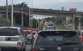 Trânsito é complicado na região da Avenida Paralela; confira
