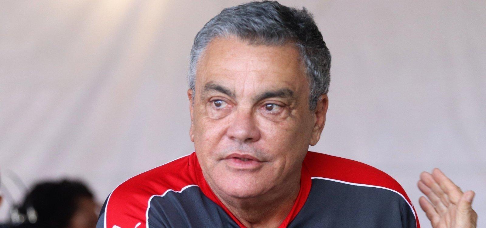 Paulo Carneiro seguirá afastado do Vitória por mais 60 dias