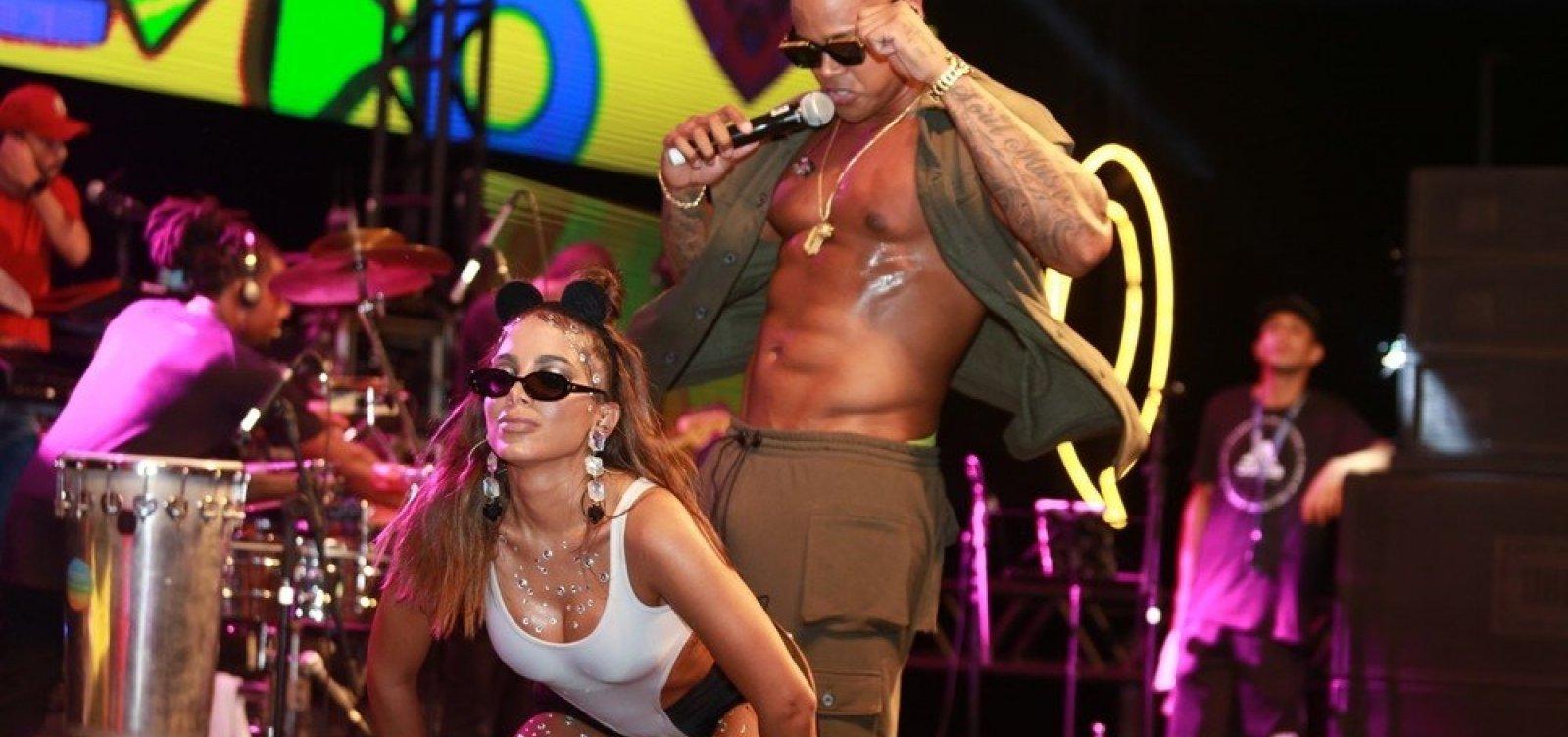 Nas redes sociais, Anitta anuncia ensaio em camarote no Carnaval de Salvador