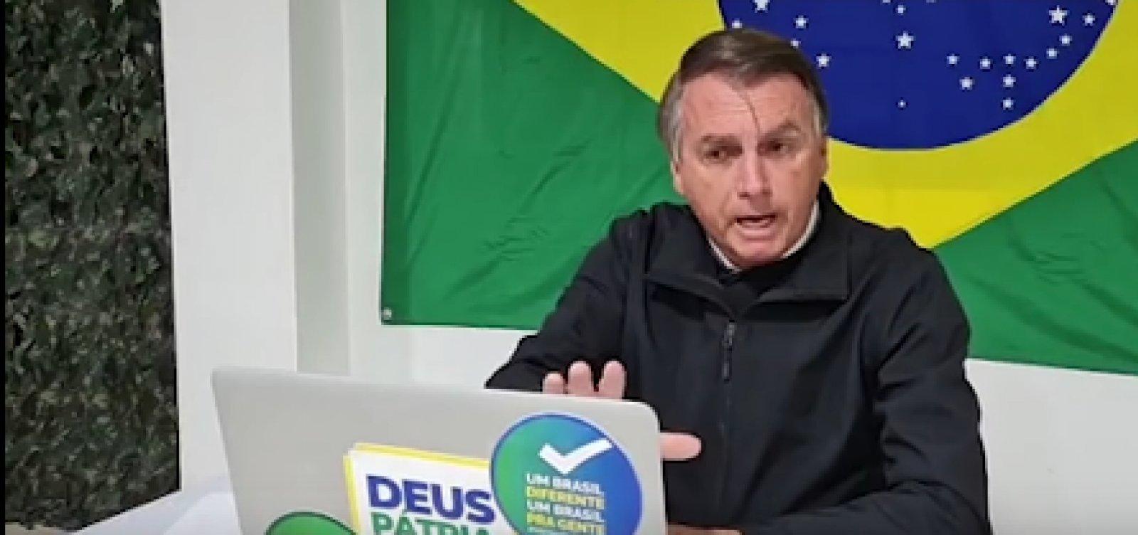 "Bolsonaro bate boca e encerra entrevista ao ser questionado sobre ""rachadinha"""