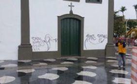 Próximo de inauguração, obra do Rio Vermelho é alvo de vandalismo