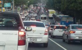 Manifestação na Cidade Baixa deixa trânsito congestionado; confira