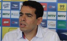 """""""Ainda precisamos de peças para deixar time competitivo"""",  avalia Sant'Ana"""