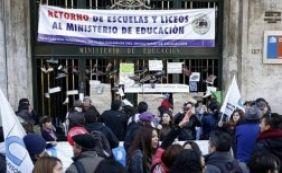 Professores chilenos marcam protesto para o dia do jogo entre Brasil e Colômbia
