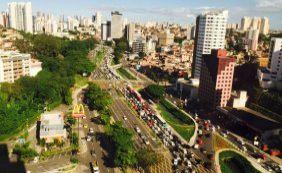 Obras do Rio Vermelho e semáforo quebrado complicam trânsito na Av. ACM