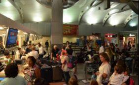Calor no aeroporto: novo ar condicionado está há meses guardado pela Infraero
