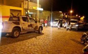 Durante tentativa de assalto, grupo faz reféns de escudo humano em Adustina