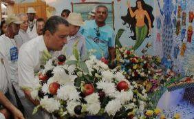 Rui Costa chega cedo para prestar homenagens no dia de Iemanjá