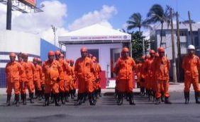 Corpo de Bombeiros inspeciona camarotes nesta quarta-feira em Salvador