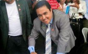 Prefeito de Itamari sofre sequestro relâmpago ao parar em posto de gasolina