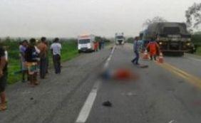 Acidente envolvendo carro e moto deixa dois mortos na BR-116