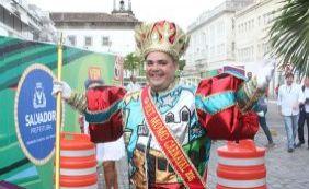 Novo Rei Momo envia mensagem aos foliões na abertura do carnaval