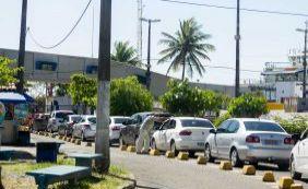 Motorista espera mais de duas horas para embarcar no ferry em Salvador