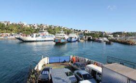 Motorista espera mais de três horas para embarcar no ferry em Salvador