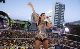 Ivete arrasta multidão com trio sem cordas no Carnaval de Salvador