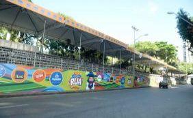 Arquibancadas para o Carnaval no Circuito Osmar ainda estão à venda