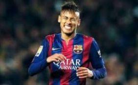 Justiça do Brasil rejeita acusações contra atacante Neymar