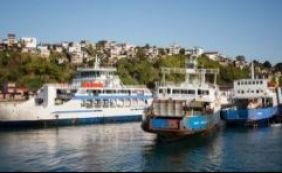 Ferryboat já apresenta movimento de veículos no retorno para Salvador