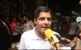 "ACM Neto critica ""baderna"" feita por ambulantes na Barra"