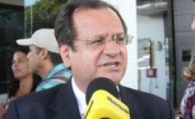 Bacelar desconversa sobre demissão e deixa em aberto candidatura em Camaçari
