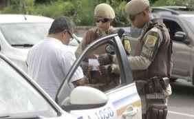 Regra do porte obrigatório de licenciamento de veículos  é mudada pelo Detran