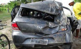 Acidente de carro na BR-116 causa morte de jovem em Feira de Santana