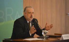 Ministro diz que Governo poderá remanejar recursos para combater Aedes
