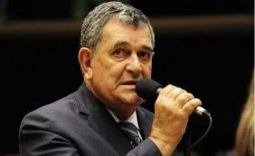 Deputado que votou contra Cunha é substituído no Conselho de Ética pelo PTB
