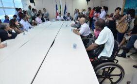 ACM Neto reativa Conselho dos Direitos da Pessoa com Deficiência