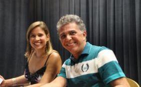 Medrado lança livro em Sintonia ao vivo no teatro Eva Herz