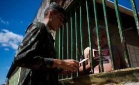 Governo pretende multar morador que tiver focos do Aedes em casa