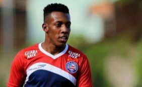 Com contrato só até maio, Bahia acerta com lateral-esquerdo Moisés