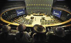 Políticas públicas devem considerar vida 'desde a concepção', aprova Câmara
