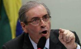 Eduardo Cunha manobra votações do governo após perda de liderança