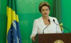 Dilma assina contrato para desenvolver vacina contra dengue