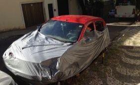 Você Repórter: moradores denunciam carro abandonado no Rio Vermelho